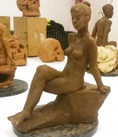Sculpture en terre- croquis de nu© Les Ateliers YouDo